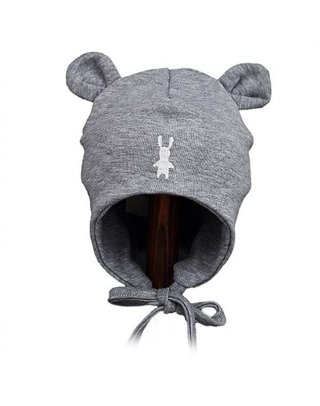 Pilka kepurytė su ausytėmis ir raišteliais kūdikiui